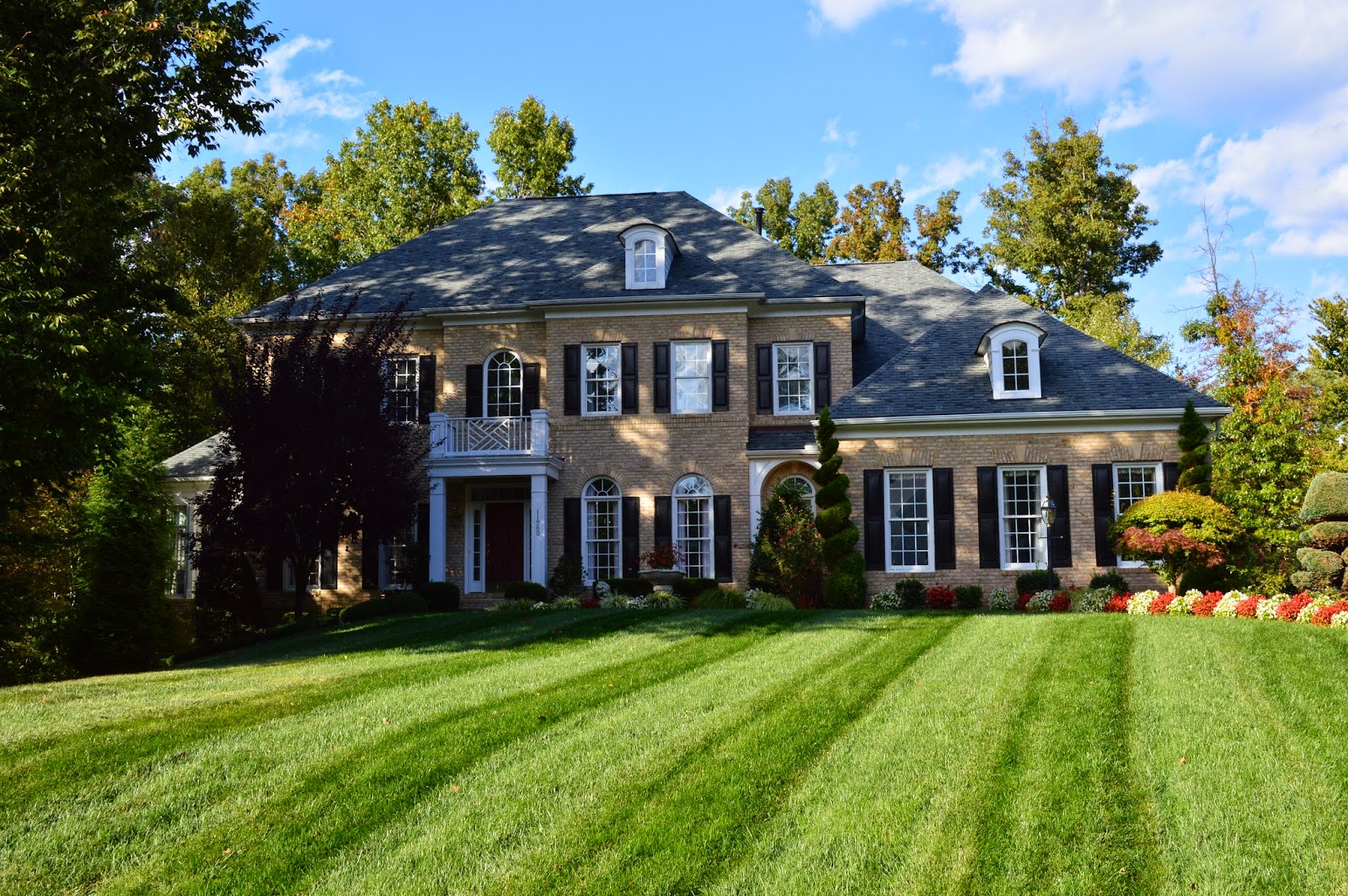 A Few Days Ago I Drove Around River Falls In Woodbridge VA And Took Some  Pictures Of Luxury Homes In Woodbridge VA. River Falls Is A Beautiful Golf  Course ...