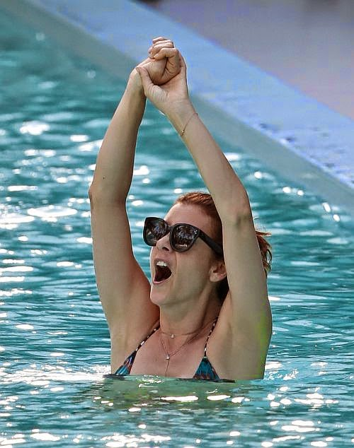 The 46-year-old, Kate Walsh flaunts her super great curves while on holiday in Miami, FL USA on Monday, June 15, 2014 with boyfriend, Chris Case.