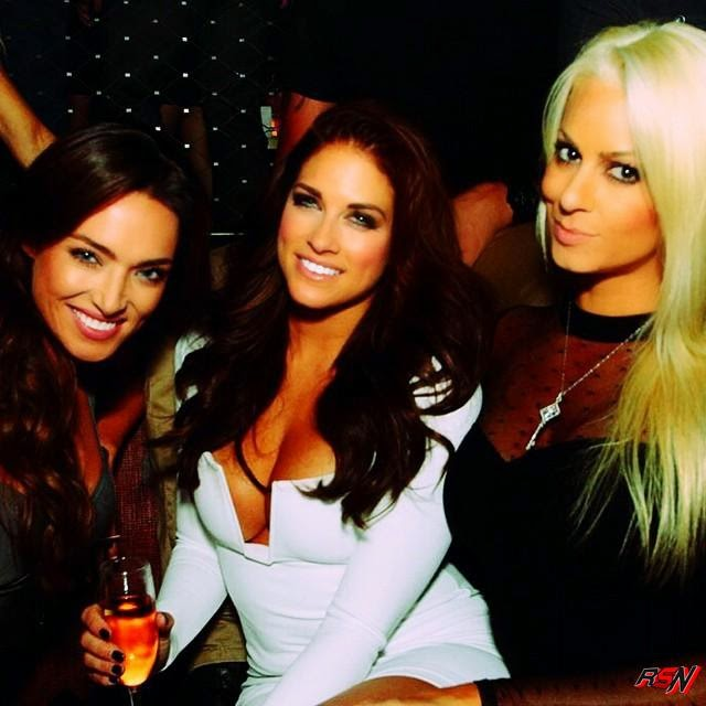 Hot Photo of Kelly Kelly and Maryse in Vegas.
