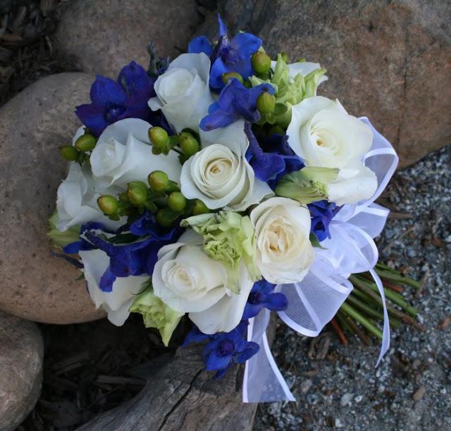 White Wedding Flowers In September : Pozytywne inspiracje lubne bia e bukiety z