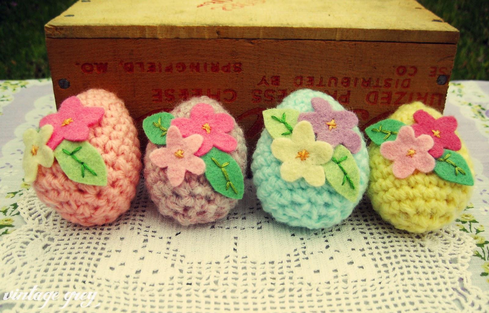 Crochet Easter Eggs : vintage grey: crocheted easter eggs
