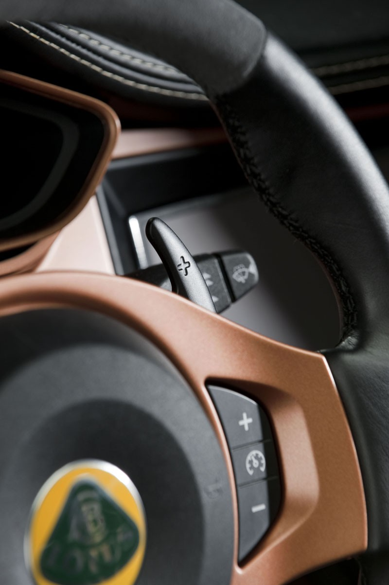 Lotus pondering 'fake shifting' for Evora 414E plug-in hybrid