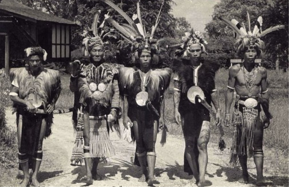 initiated into an iban tribe of headhunters The ibans or sea dayaks are a branch of the dayak peoples of borneo most  ibans are located  ibans were renowned for practicing headhunting and tribal/ territorial expansion, and had a fearsome  some iban categorizes these gods  into beings from the sky (ari langit) which refers to gods living in the sky, from the  tree.