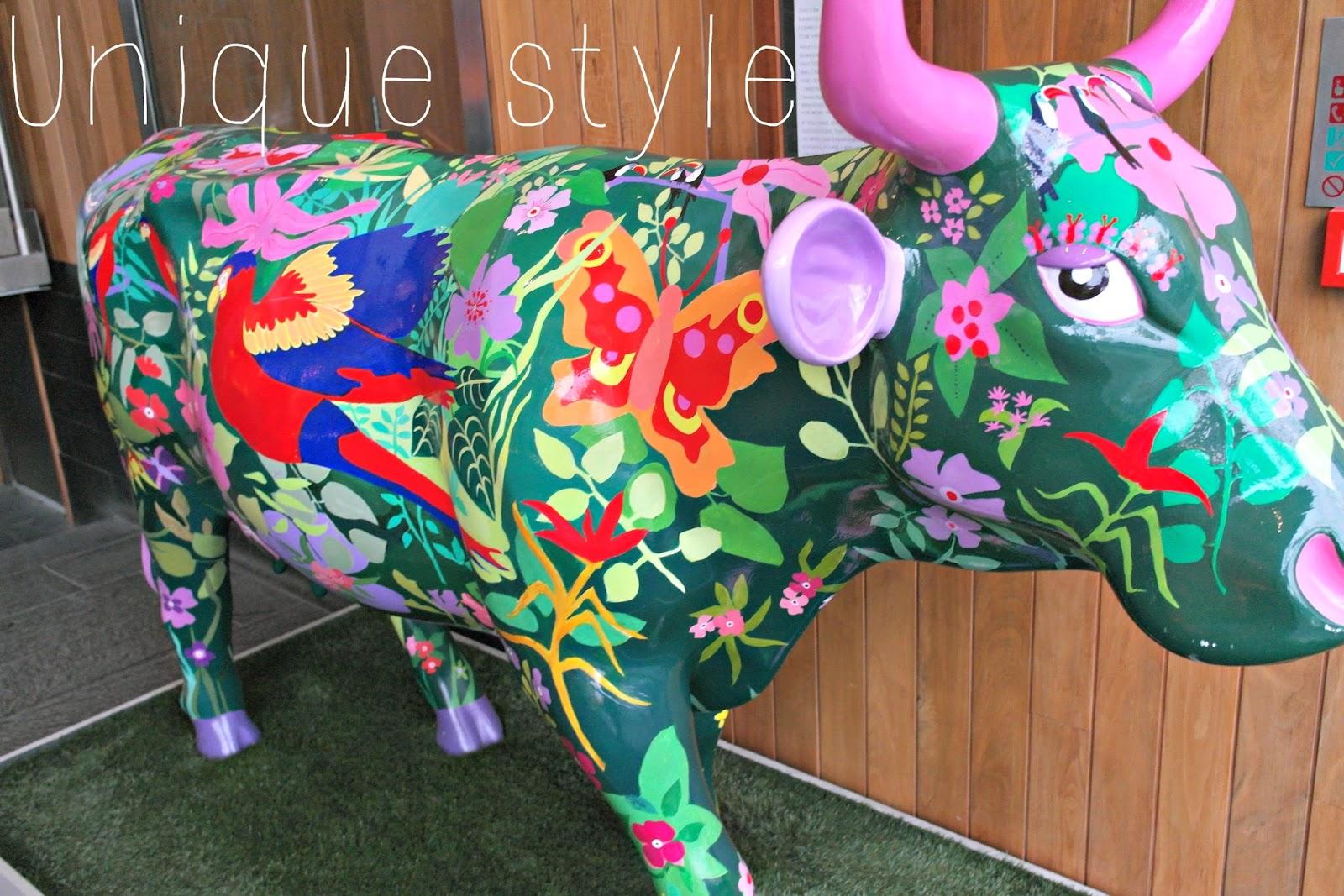 Cow parade apex