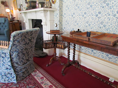 book stand, books, sitting room, Down House, Charles Darwin, visit