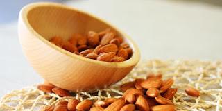Kacang almond, cara diet dengan makanan dapat menurunkan berat badan