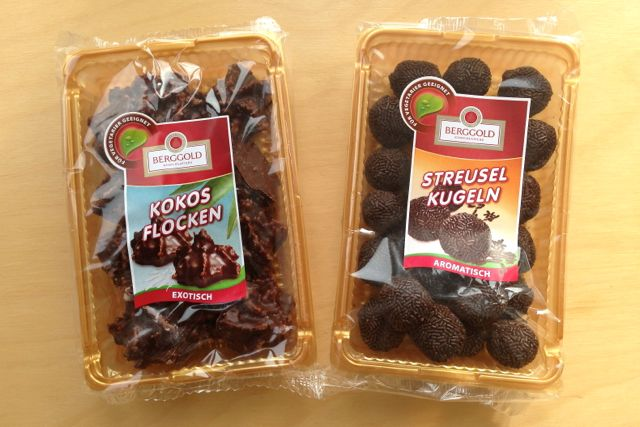 Berggold Kokos Flocken and Streusel Kugeln chocolates