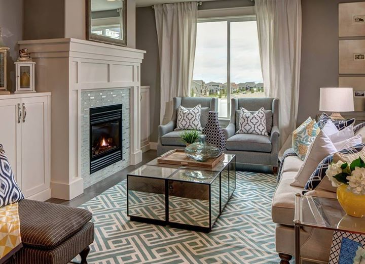 Patterned Geometric Area Rug In Living Room