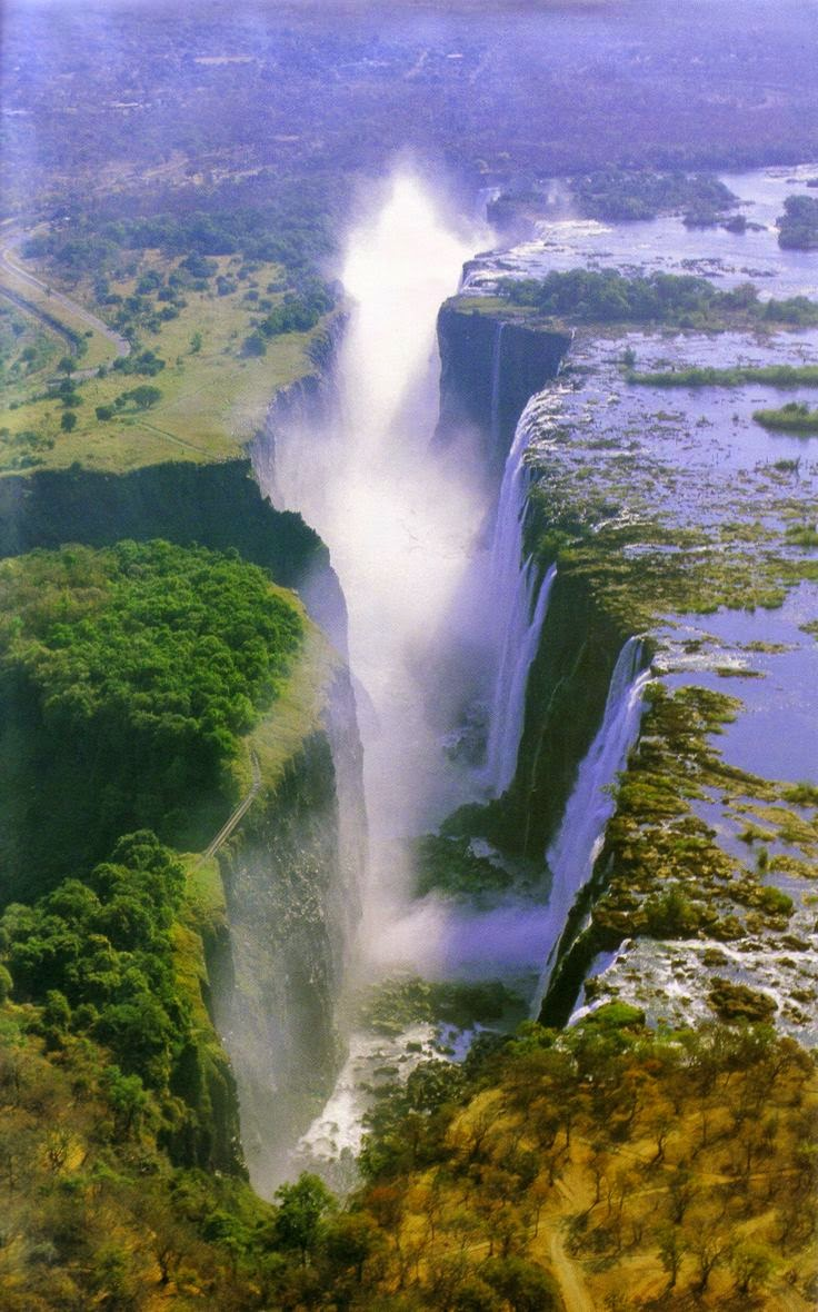 Victoria Falls - Africa. BelAfrique your personal travel planner -