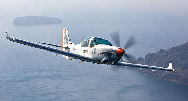 Pesawat Grob G-120 TP