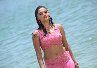 Actress Sunaina Wet Stills