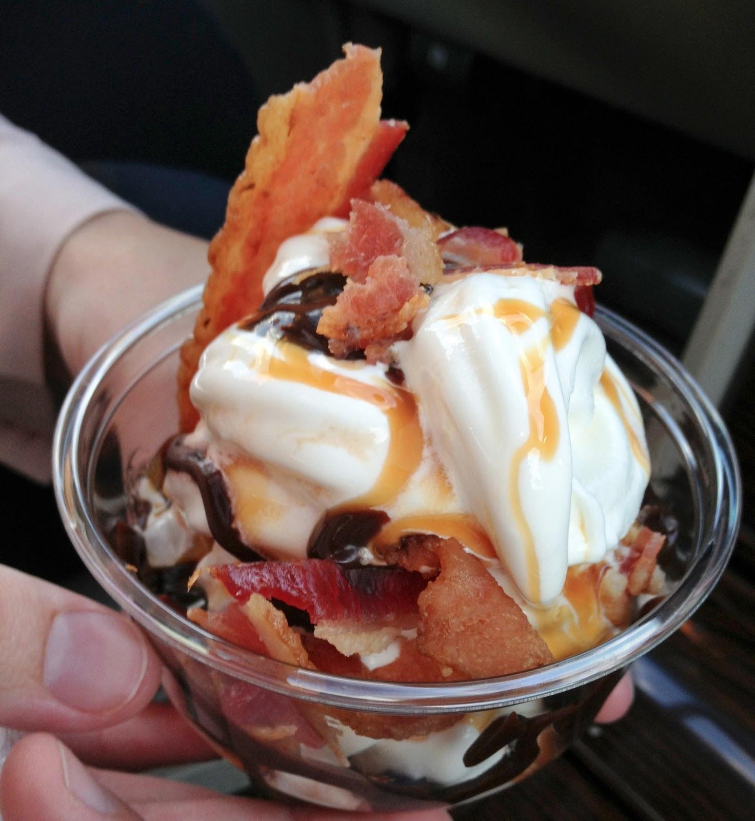 food blog, food blogger, food reviews, style blog, burger king, bacon, maple, sundae, ice cream, dessert, unique desert, maple and bacon,