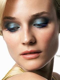 blue-eye-shadow-oopshi-nl
