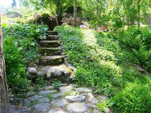 Puutarhavierailuja Leena Lumissa