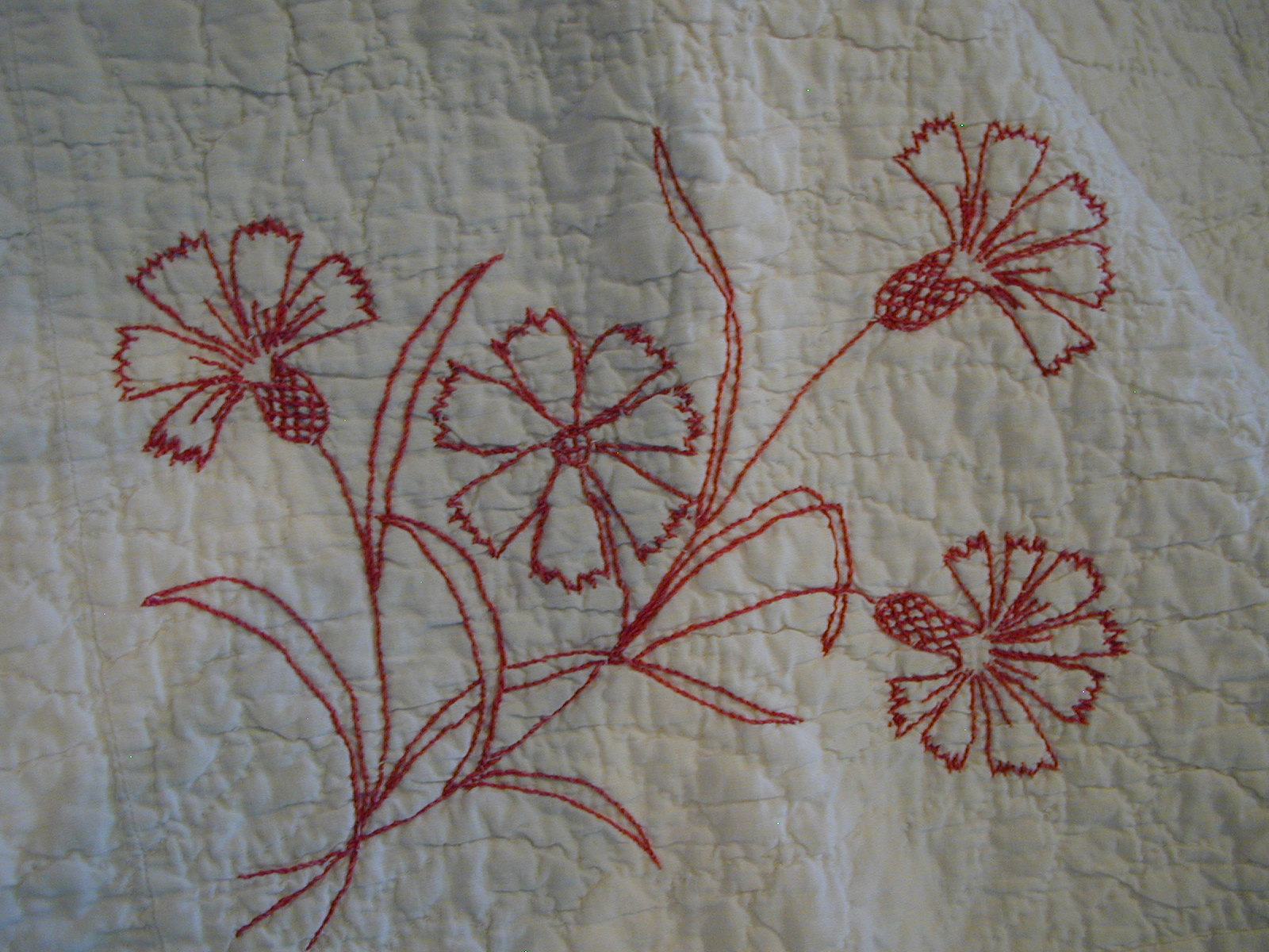 Redwork Quilting Patterns : Moonbear Longarm Quilting: Antique Redwork Quilt