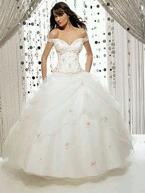 Vestido de novia princesa escote corazon