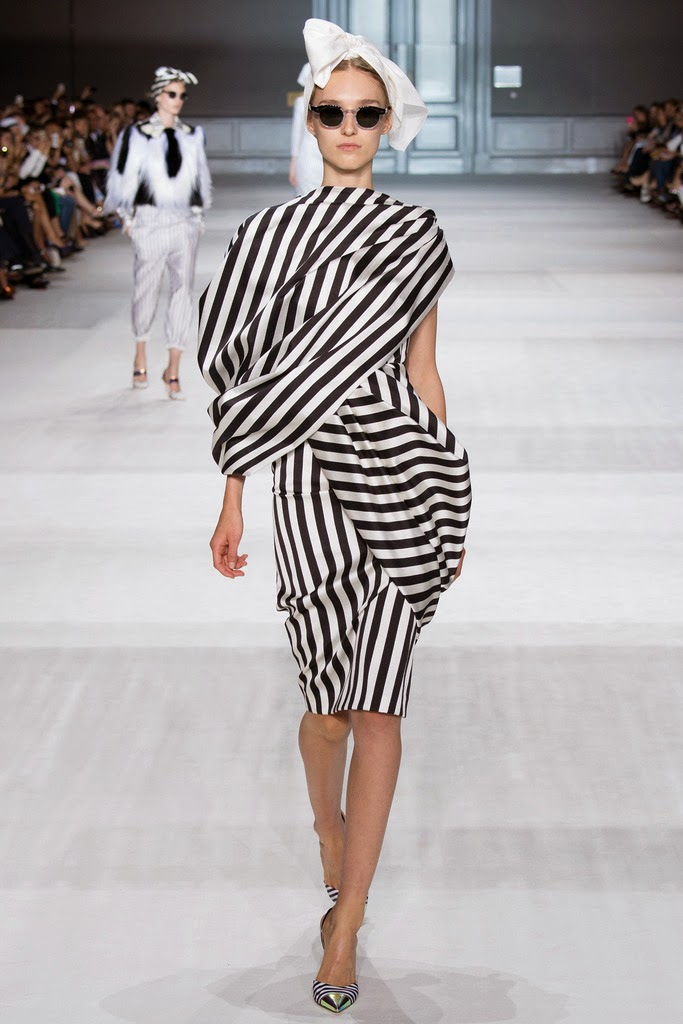 Runway report paris haute couture fashion week for Fashion couture