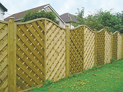 Garden Wood Fence : designs and some useful tips for fencing garden fence designs