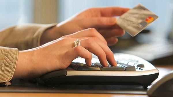 حجم مبيعات قياسي عبر الإنترنت في يومي عيد الشكر والجمعة السوداء
