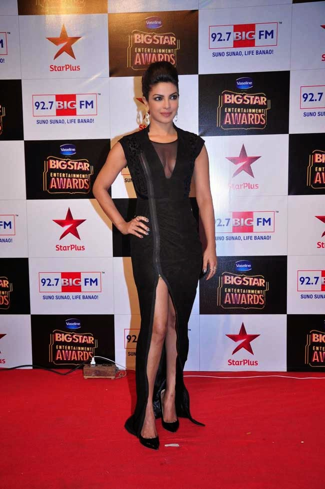 Priyanka Chopra At BIG STAR Entertainment Awards 2014