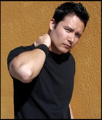 actores de tv Johnny Yong Bosch