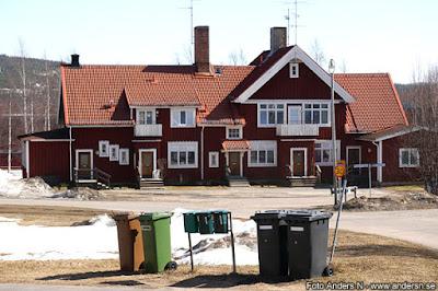 övertorneå station, järnvägsstation