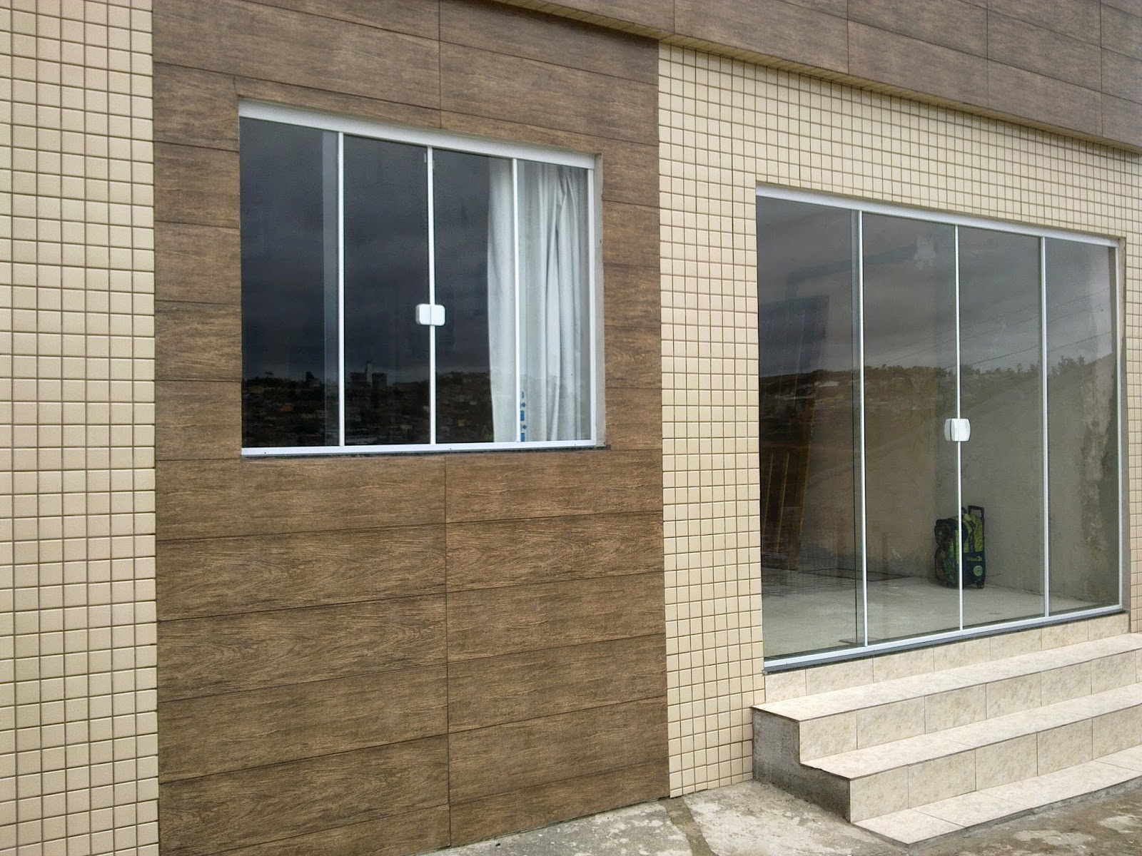 #5E5039 janela e porta vidro incolor janelas e portas vidro verde janelas e  24 Janelas De Vidro Com Preço