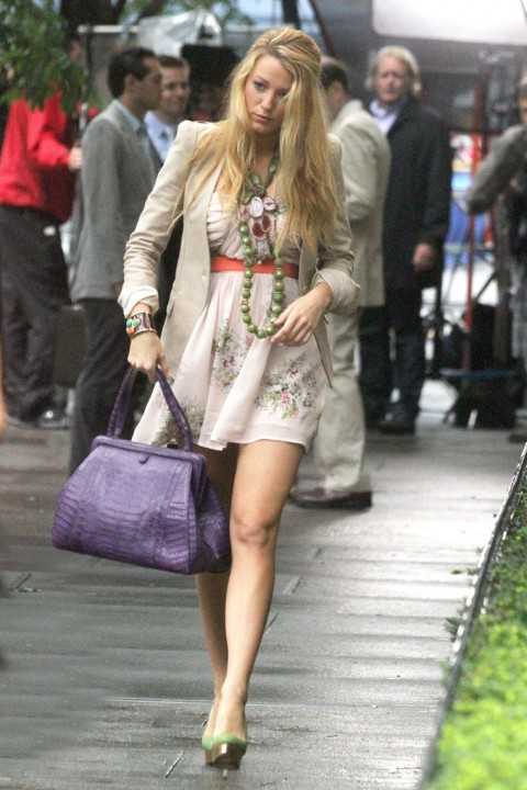 Blake Lively's Latest Panty Flash Photos !