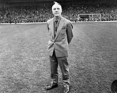 Bill Shankly y el Liverpool: nunca caminarás solo.