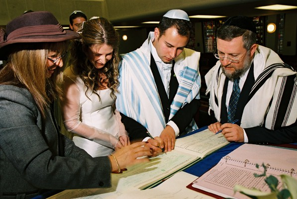 tippo jewish personals These are selections from actual jewish personal ads in israel your place or  mine divorced man, 42, with fleischig dishes only seeking woman with nice.