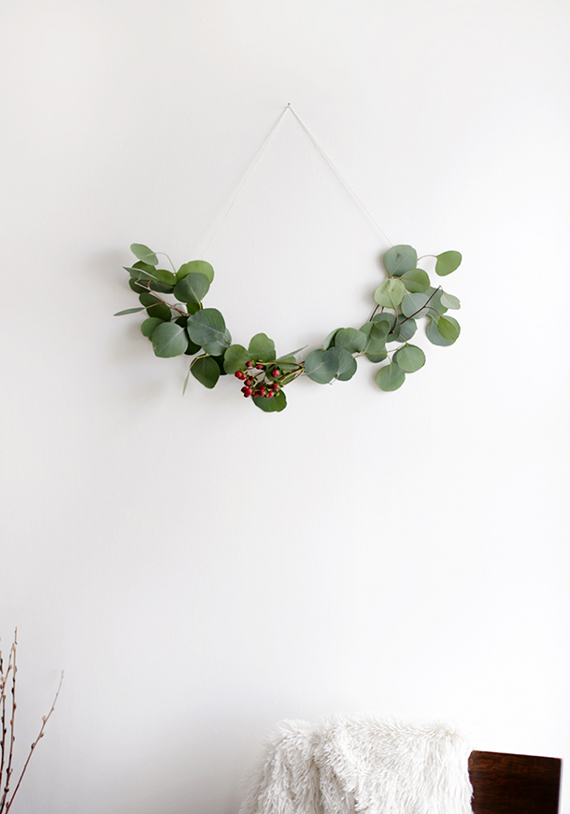 Minimalist wreath ideas | The Merrythought