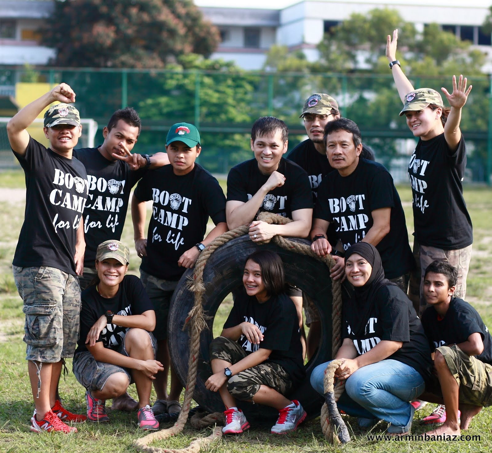 Passion With Reasons Bootcamp For Life Stay Tuned Lgs Slim Fit Youth Boy Giant Leap Merah L Standing Lcorp Cobc P Wan Corp Tom Sarge Dann Armin Baniaz Pahamin Dr Malek Aziz Chun Rose Emini Sitting
