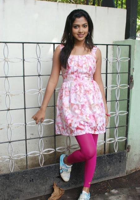Amala Paul Actress Cute Photos