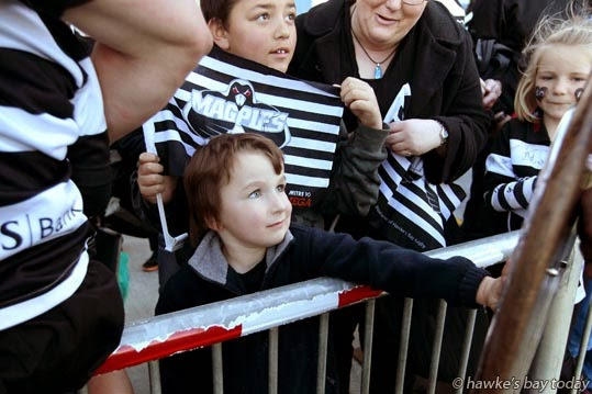 Aidan Scott, 4, Clive, gets to touch the Ranfurly Shield after Hawke's Bay Magpies beat Bay of Plenty Steamers 36-17, Battle of the Bays, rugby at McLean Park, Napier. photograph