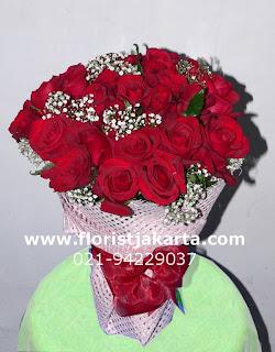 bunga mawar untuk istri tercinta