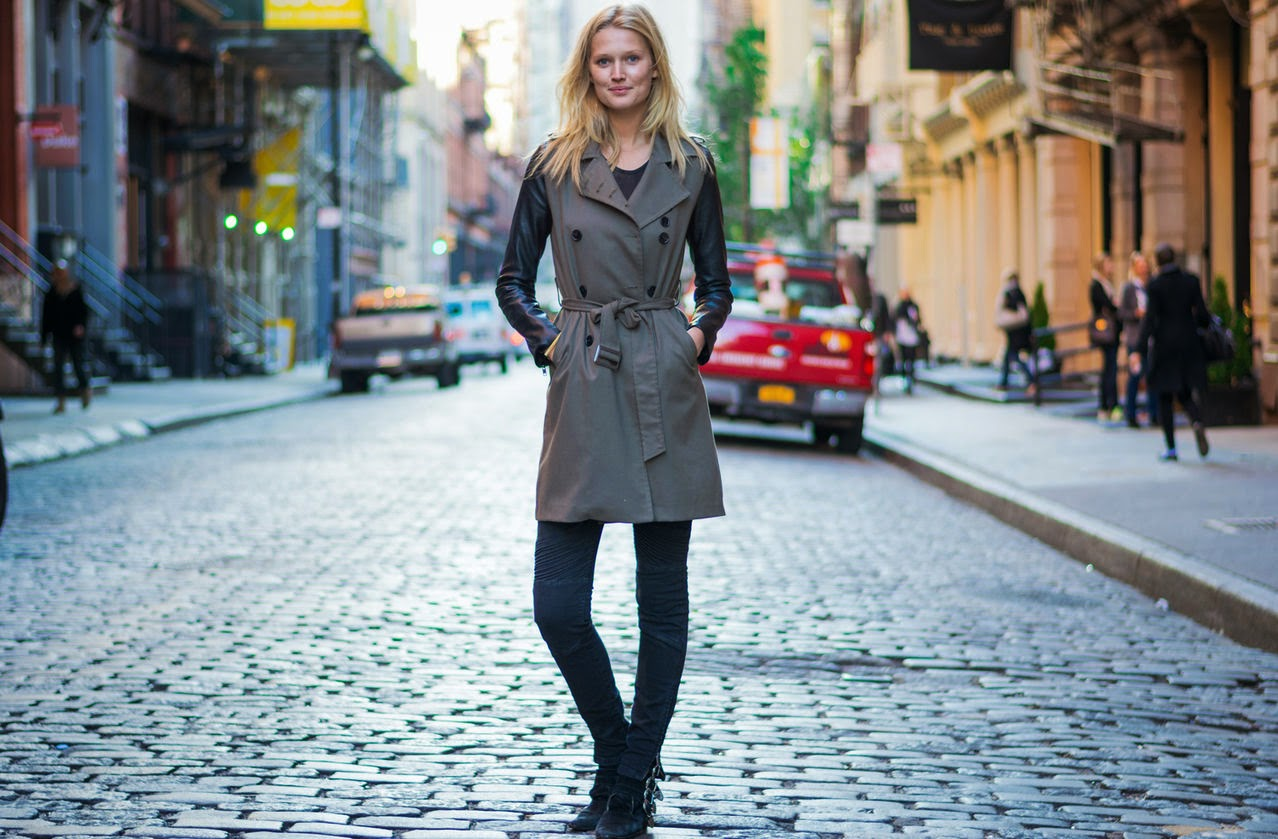 Model Street Style Toni Garrn 39 S Classic Look In Nyc The Front Row View