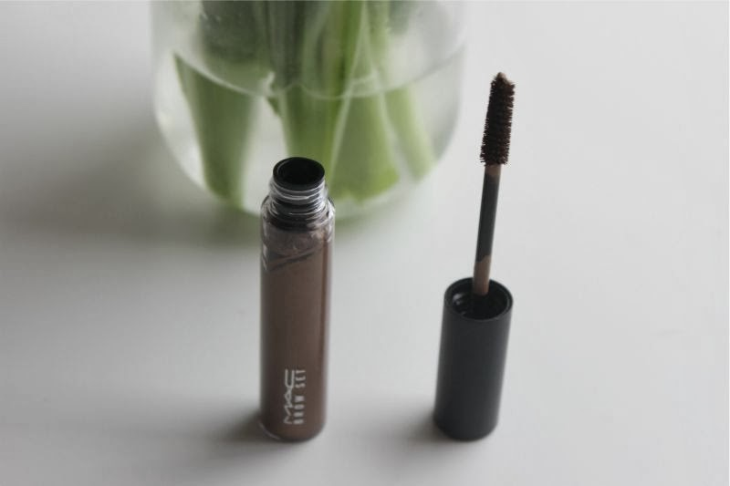 MAC Brow Set in Beguile