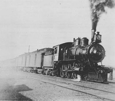 Santa Fe Railway train at the turn of the 20th century