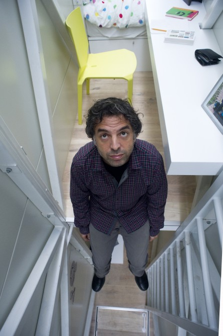 Picture of Keret in the interiors of the world's narrowest house