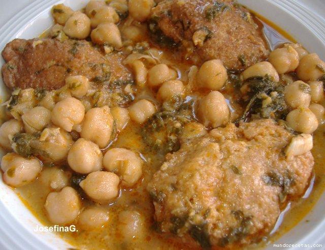 Potaje de garbanzos bacalao y espinacas recetas raudenses - Potaje de garbanzos y judias ...