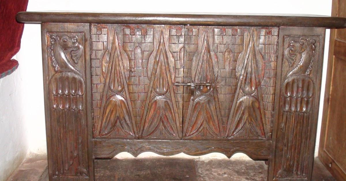 El bricolaje en tus manos restaurar mueble con tallado for Mueble castellano restaurado
