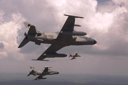 Latgab TNI, Pesawat TNI AU Siaga di Balikpapan dan Makasar