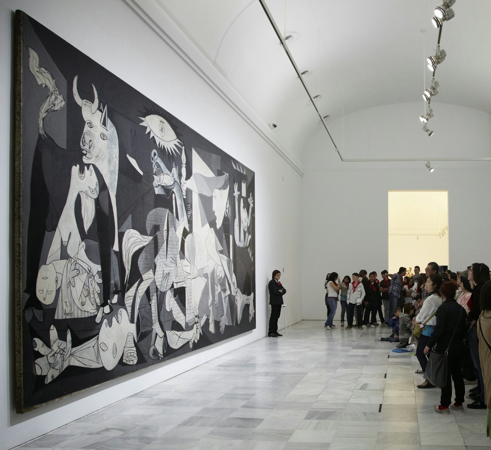 an examination of the painting guernica by pablo picasso Matisse picasso is the first major examination of the  a study of pablo picasso's seminal painting guernica describes  ruiz y picasso, pablo diego.