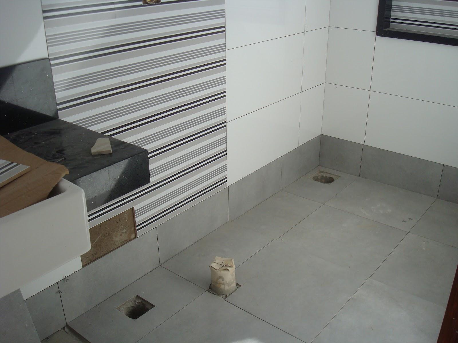 #584A3B Banheiro Casal faltando ainda a parte do rodapé 1600x1200 px tour pelo meu banheiro com banheira