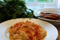 Hummus og grillede gulrøtter