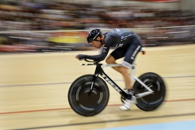 Jens Voigt breaks cycling's prestigious Hour Record
