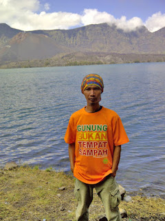 Rinjani lake and hot springs