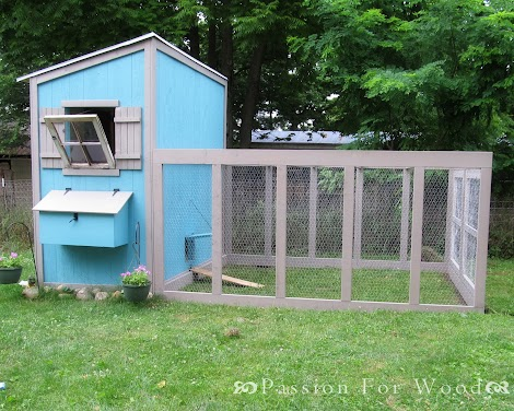 Ana white chicken coop run for shed coop diy projects for Small chicken coop with run