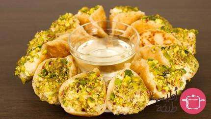حلويات رمضانية : طريقة عمل قطايف بالقشطة
