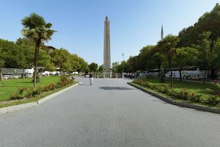 الأماكن السياحية اسطنبول الصور hippodrome.jpg